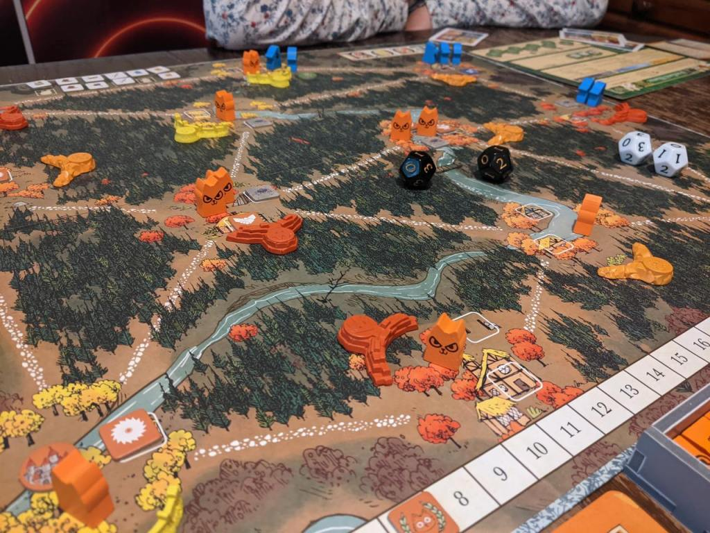 A game of Root in progress featuring the Marquis de Cat, Eyrie, and the Woodland Alliance.